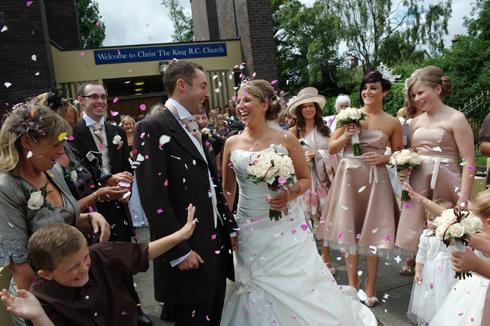 Confetti photo wedding