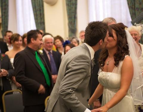 Kiss the bride photograph