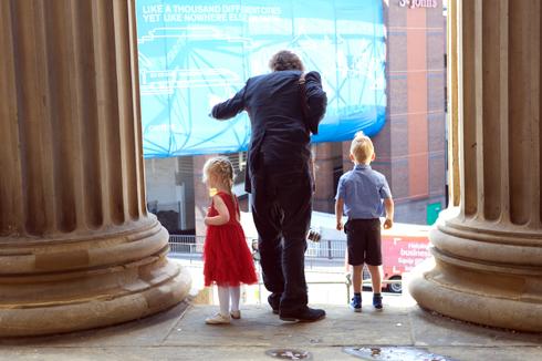 Children at wedding photographs