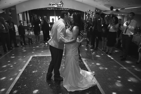 Black and white wedding photography - the first dance