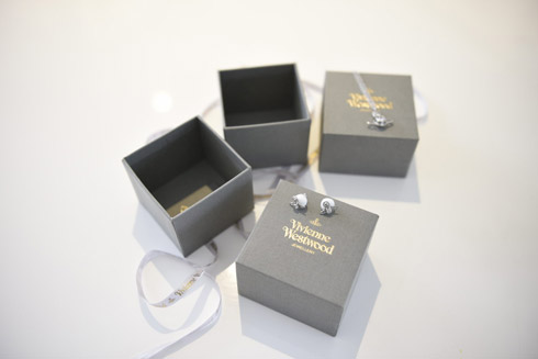 Wedding jewellery photography